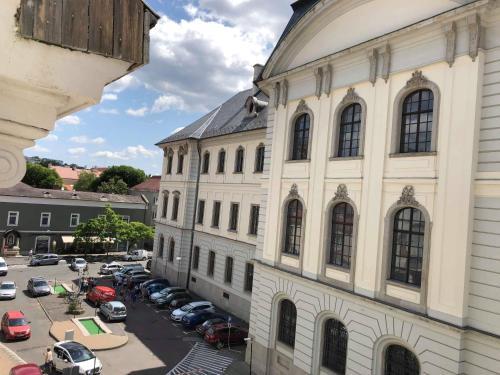 Palace Apartman Eger, Pension in Eger