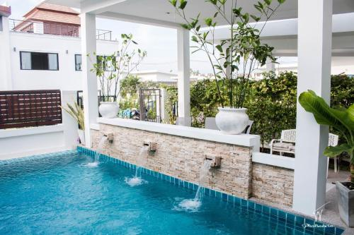 Modern luxury pool villa บ้านพักพูลวิลล่าหัวหิน by MOANA Modern luxury pool villa บ้านพักพูลวิลล่าหัวหิน by MOANA