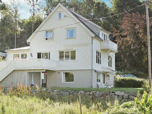 . Two-Bedroom Holiday home in Fister