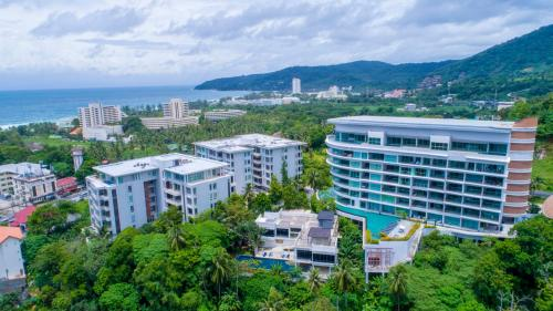 Karon Hill Apartments 105 sq/m Karon Hill Apartments 105 sq/m