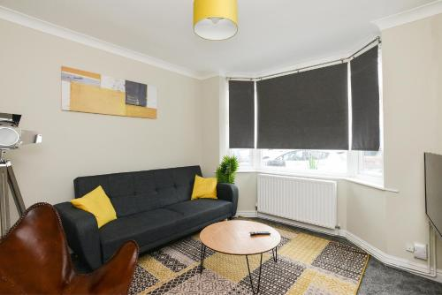 Cozy House In The Heart Of Beeston With FREE Parking And WiFi