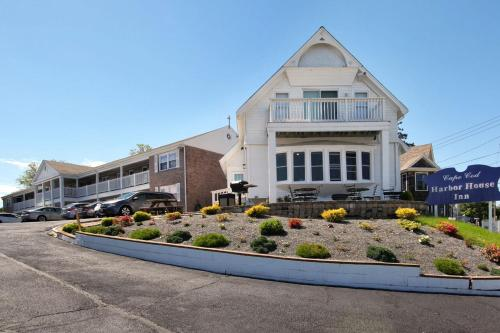 . Cape Cod Harbor House Inn