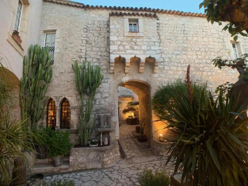Accommodation in La Colle-sur-Loup
