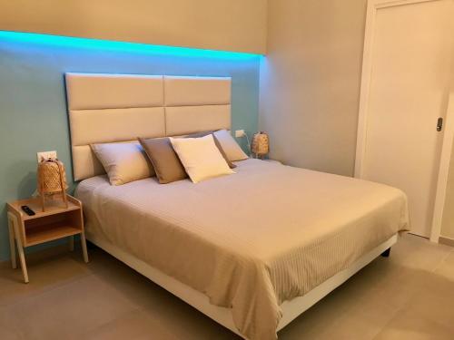 . ESMERALDA'S ROOMS