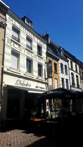 . Hôtel Restaurant L'Industrie