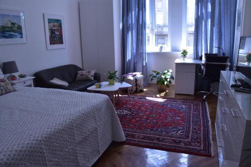 Apartment Ena - Hotel - Rijeka
