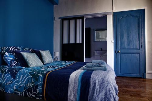 Appartement complet 6 personnes 80m2 , Centre Ville de Beaune avec parking - Location saisonnière - Beaune