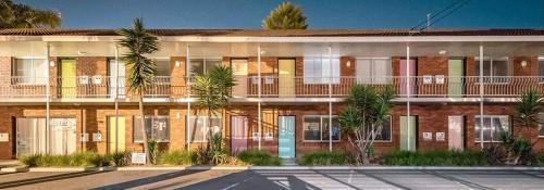 . Thirroul Beach Motel