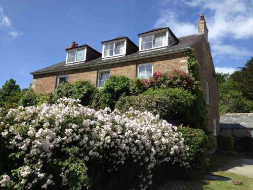 Hendersick Farmhouse, Hannafore, Cornwall