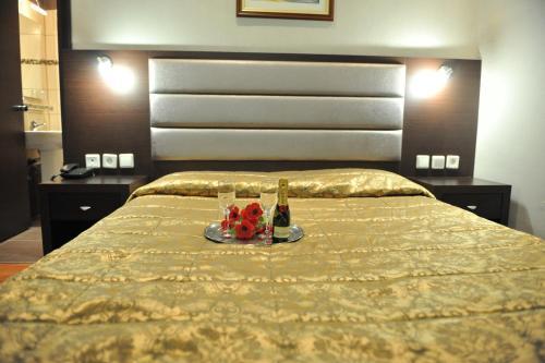 Emporiko Hotel zdjęcia pokoju
