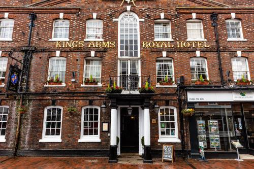 . The Kings Arms and Royal Hotel