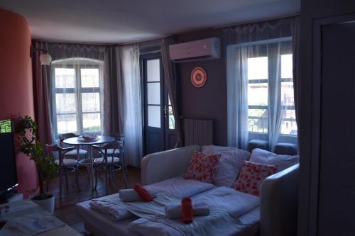 Foter Apartmanhaz Szentendre, Szentendre