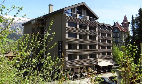 . Hotel des Alpes