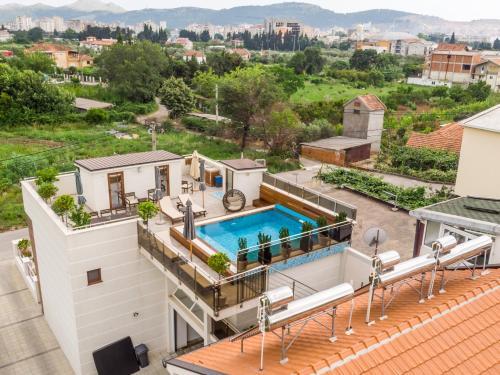 . Apartments Davor
