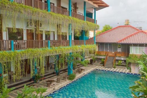 . RedDoorz Plus near Pantai Barat Pangandaran