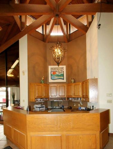 Emerald Isle Resort