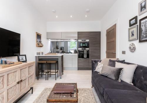 Modern Meadowbank Apartment