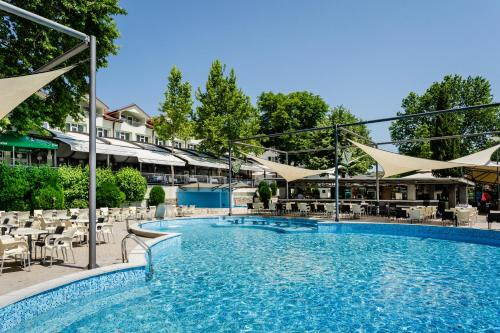 Romantique Veles Hotel