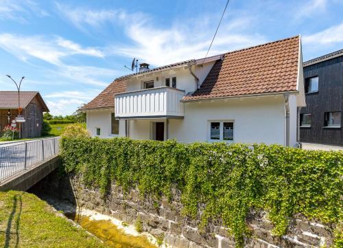 Ferienhaus Bachschlössle, Pension in Lochau