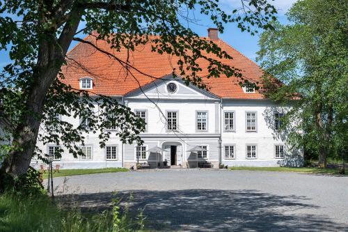 Kasteel-overnachting met je hond in Västanå Slott - Gränna