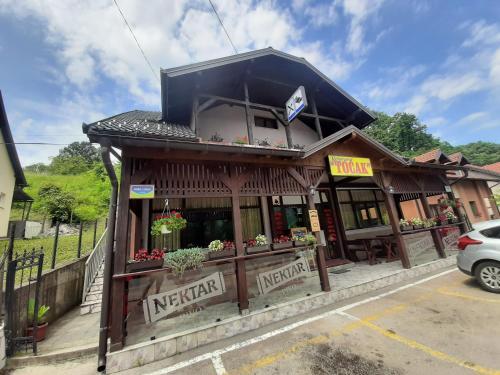 Restoran i sobe Tocak - Hotel - Doboj