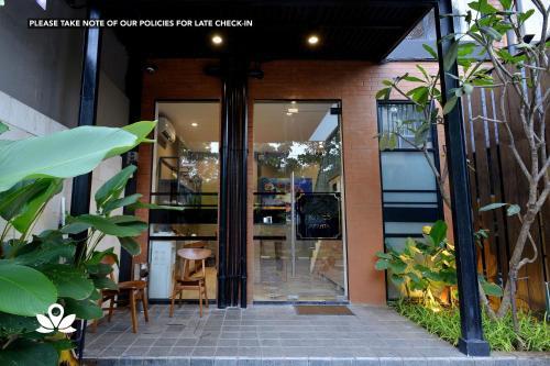 ZEN Rooms Near Mall Buaran