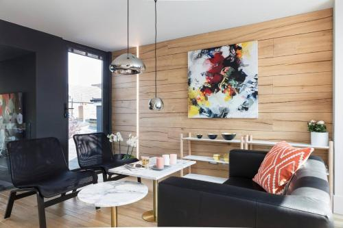 Picture of Contemporary Boutique Residence