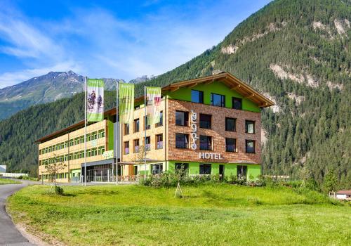 . Explorer Hotel Ötztal