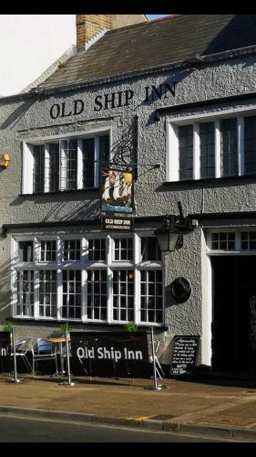 The Old Ship Inn (B&B)