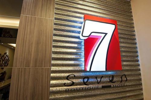 Seven Boutique Hotel, Putatan