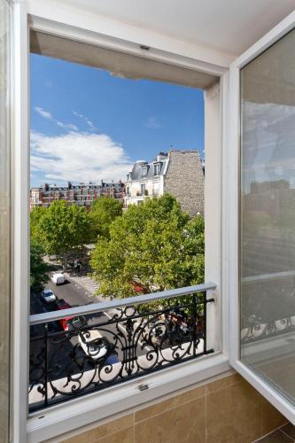 Hipotel Paris Belgrand Mairie du 20ème photo 18