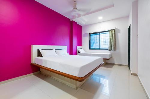 . SPOT ON 42793 Hotel Gurukrupa
