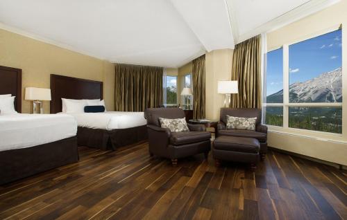 GrandView One Bedroom Suite, Valley View, 2 Queen Beds, Sofa Bed & Balcony