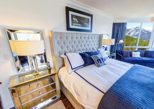 Suite Infinity: Valley View, King Bed, Sofa Bed, Balcony & Gas Fireplace