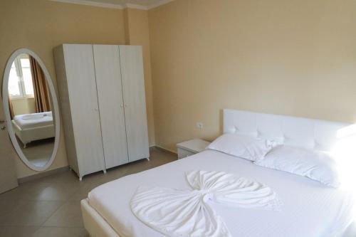 Hotel Adria, Lezhës