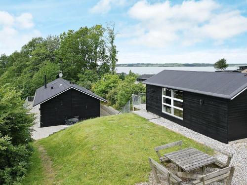 . Three-Bedroom Holiday home in Løgstrup 2