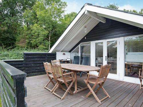 Two-Bedroom Holiday home in Toftlund 6, Tønder