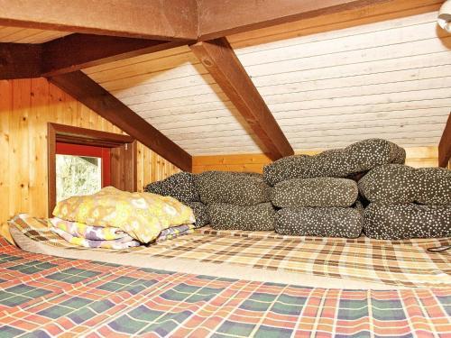 Three-Bedroom Holiday home in Ålbæk 35, Pension in Ålbæk