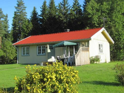 . Two-Bedroom Holiday home in Håcksvik 2