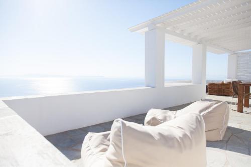 . Astarte Luxury Apartments