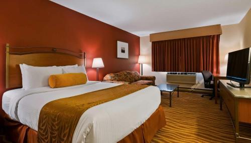 Invermere Inn & Suites - Hotel - Invermere