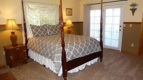 Berkshire Inn - Accommodation - Groveland