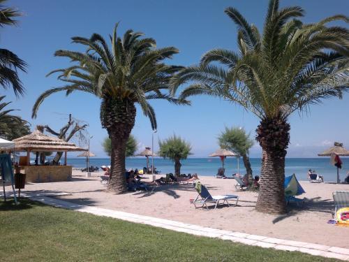 . Three Stars Beach Hotel