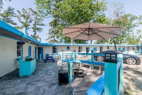 Beachfront At Beach1 Motel - Photo 5 of 41