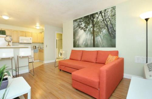 Comfortable and quiet home close to the mall, Koshi