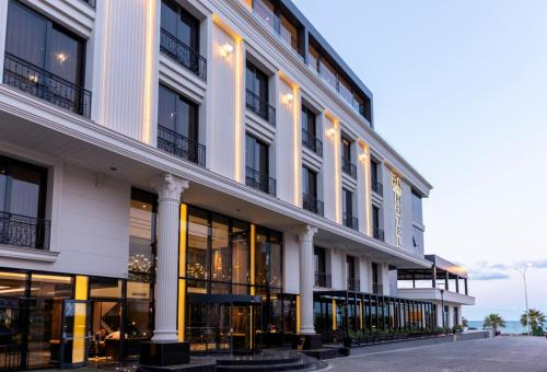 . B&C HOTEL