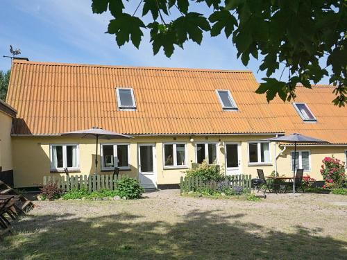 . Two-Bedroom Holiday home in Svaneke 4