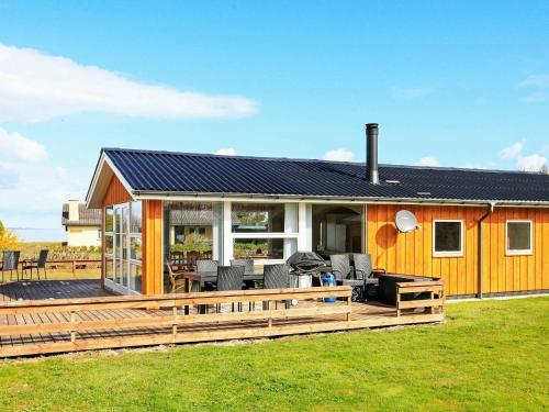 . Two-Bedroom Holiday home in Vinderup 4