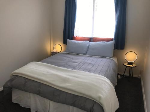 Modern and cosy room in a peaceful home - Apartment - Dunedin