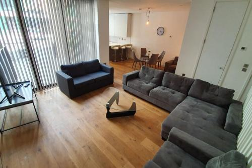 Luxury London - O2 Greenwich. Sleeps 8 - 10